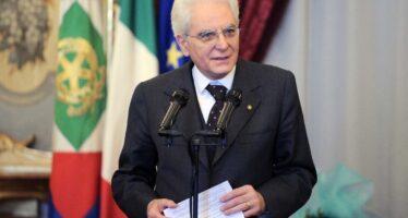 Mattarella conferisce l'incarico a Conte, che rivendica ma promette novità
