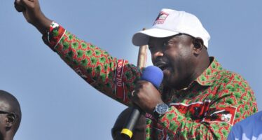 Burundi, golpe fallito, torna il «presidente» Nkurunziza