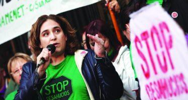 Barcellona, una okupa al potere. «Sarà una rivoluzione»
