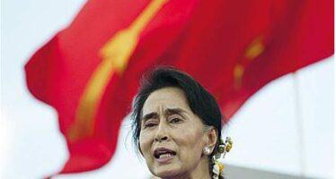 """""""Vogliamo la svolta"""" Birmania, file ai seggi Aung verso la vittoria"""