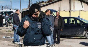 «Sgomberare i campi rom» Alfano apre il nuovo fronte