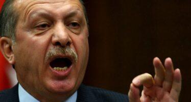 """""""Metodi nazisti"""", cresce la tensione tra Turchia e Germania"""