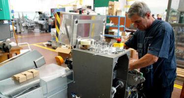 Produzione industriale apicco Ma Confindustria vederosa