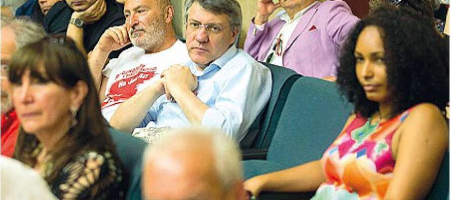 Associazioni, vendoliani ed ex 5 Stelle Il «non partito» di Landini si organizza
