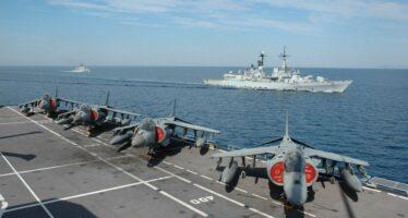 """Tobruk contro l'Italia """"Via le vostre navi"""" Attaccato il cimitero"""