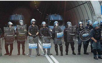 Confine di Ventimiglia, la lunga marcia dei migranti