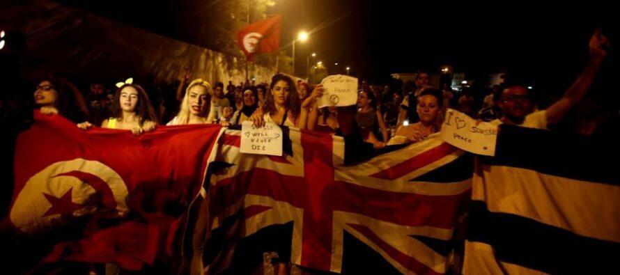 La marcia dei tunisini: non lasciateci soli
