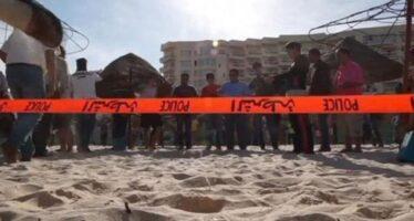 Il tragico Ramadan dei jihadisti strage di turisti in spiaggia: 37 morti