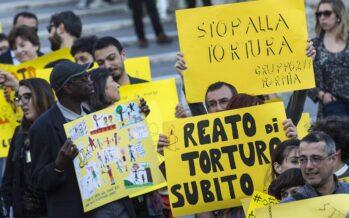 Tortura, dal Senato la legge del partito della polizia
