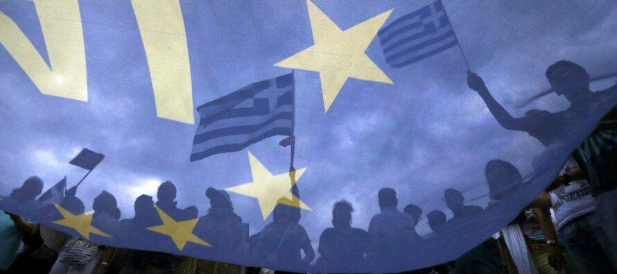 Ad Atene in piazza il fronte delsì