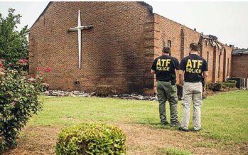 I roghi delle chiese in America Torna lo spettro del Ku Klux Klan