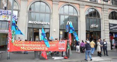 Cgil: « McDonald's licenzia eintanto usa ivoucher»