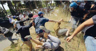 Battaglia per i profughi alla periferia di Roma la polizia si scontra col muro di CasaPound