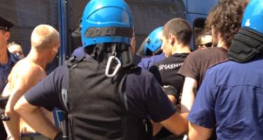Treviso, vince la protesta dopo la notte d'assedio i migranti subito trasferiti