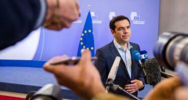 Tsipras fa votare il piano opposizione pronta al sì rivolta dei radicali di Syriza