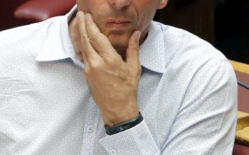 Syriza va atutto Varoufakis