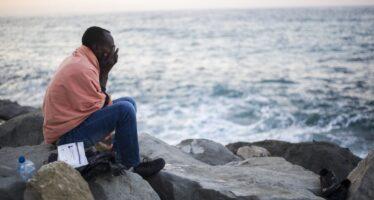 Immigrati clandestini, il decreto del governo per cancellare il reato