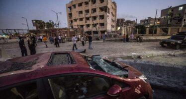 Autobomba al Cairo l'Is mette nel mirino l'Egitto di Al Sisi