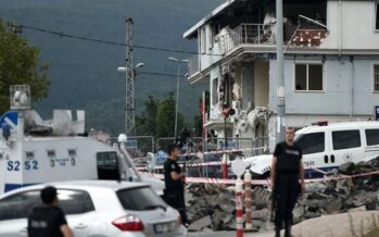 Turkey attacks: Deadly violence in Istanbul and Sirnak