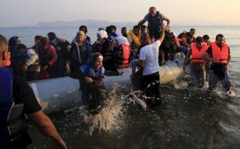 Nuovo naufragio: 50 dispersi nel Canale di Sicilia Kos, scontri polizia migranti