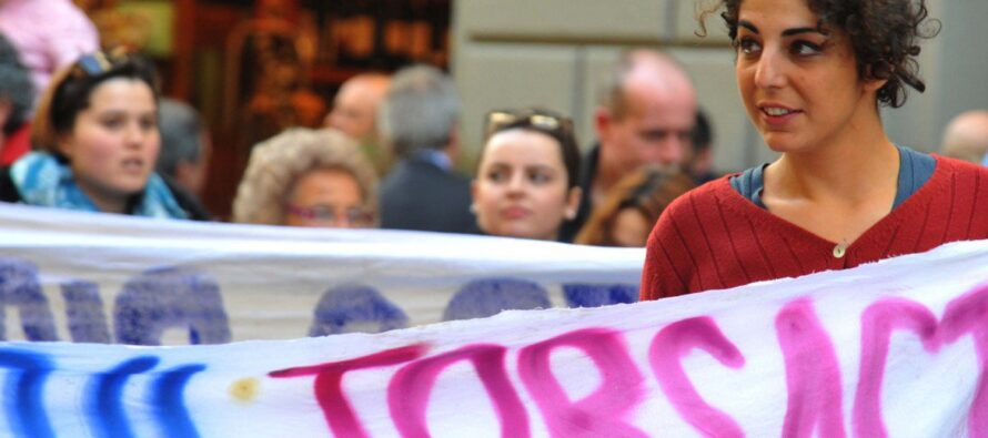 Primi sei mesi di Jobs Act disoccupazione giovanile ancora a quota record Ma crescono i contratti stabili