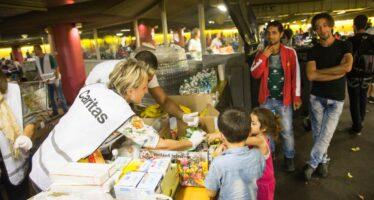 """""""Basta profughi"""" E a Vienna vola la destra xenofoba"""