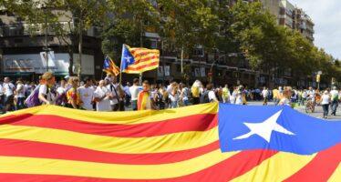 Referendum in Catalogna, Madrid cerca di bloccarlo