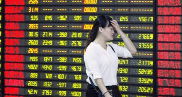 Il governo di Pechino indeciso su tutto fa crescere il caos