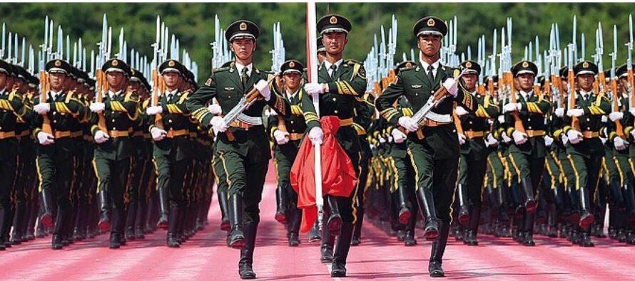 """La parata dei """"padroni del mondo"""" Pechino spaventa l'Occidente"""