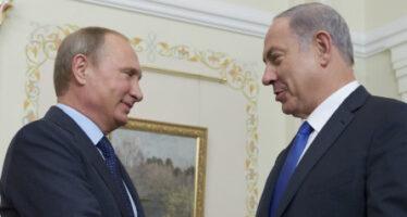 """Netanyahu da Putin """"Intesa sulla Siria"""" Droni russi in campo"""
