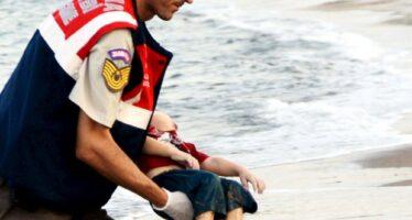 Il bimbo morto che scuote l'Europa