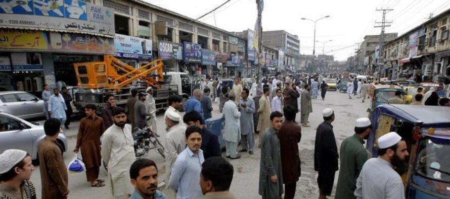 Afghanistan e Pakistan devastati dal terremoto centinaia di vittime strage in una scuola