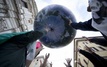 Al via due settimane di negoziati tra sostegno ai paesi poveri e tagli alla produzione di CO2