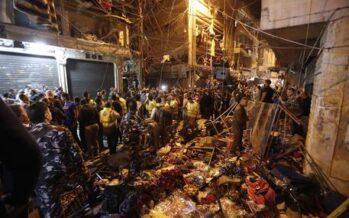 Beirut, prima strage dello Stato islamico kamikaze tra gli Hezbollah: 37 morti