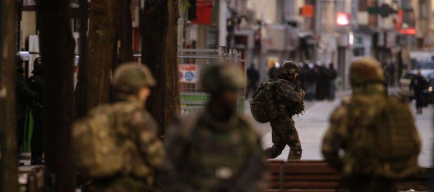 I rischi delle leggi repressive di Hollande