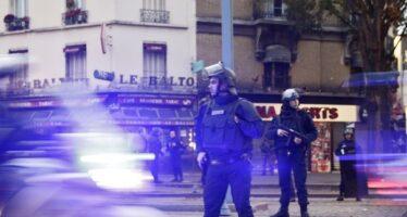 Assaut en cours à Saint-Denis : une femme se fait exploser, cinq arrestations