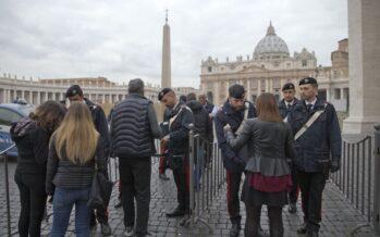 """""""Nel mirino San Pietro Duomo e Scala di Milano Attacchi come a Parigi"""" allarme dell'Fbi sull'Italia"""