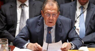 L'Ucraina sequestra petroliera russa. Mosca reagisce: «Conseguenze incalcolabili»