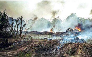 Fabbriche clandestine e rifiuti «invisibili» Brucia la Campania felix
