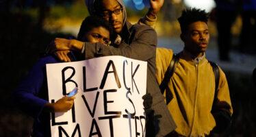 Due neri uccisi negli Usa, sale la rabbia