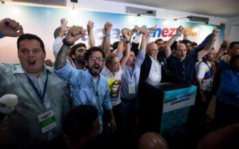 Rivoluzione finita L'opposizione batte Maduro e archivia Chavez