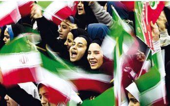 Iran, proteste per ragioni economiche e giochi di potere