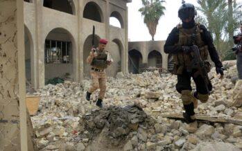 In Iraq altre 50 fosse comuni dell'Isis L'inviato Onu: «Questo è genocidio»
