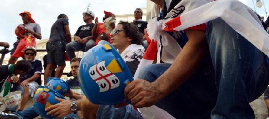 La rabbia dei cassintegrati Alcoa, dimenticati da Palazzo Chigi