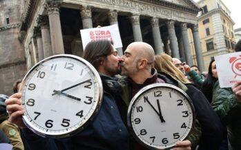 """Unioni civili, ultimatum M5S """"Adozioni o salta il nostro sì"""" Boldrini: """"Sono un diritto"""""""