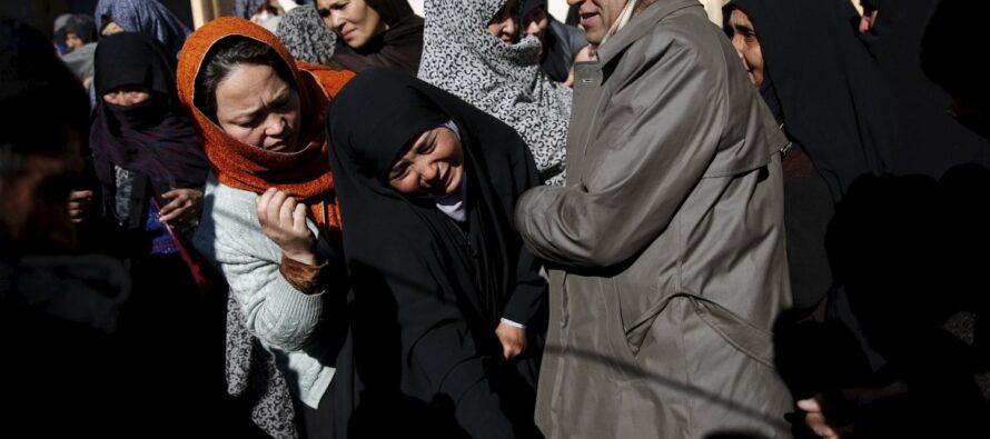 Afghanistan, l'anno orribile per i civili: nel 2015 11.002 vittime