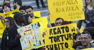 Senato, Pietro Grasso: «La tortura è reato di pubblico ufficiale. Lo dice l'Onu»