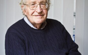 Chomsky: «La destra Usa un pericolo per la specie umana»