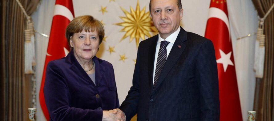 La Nato al confine con la Siria per gestire i profughi