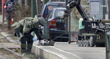 """Blitz della polizia a Bruxelles: """"Bloccato un ricercato importante"""""""